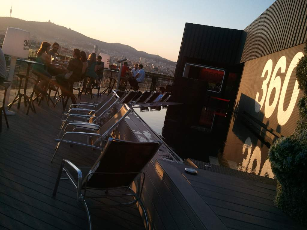 barcelo hotel raval rooftop 360
