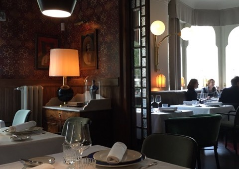 A new gem to party and dine in Barcelona: La Dama