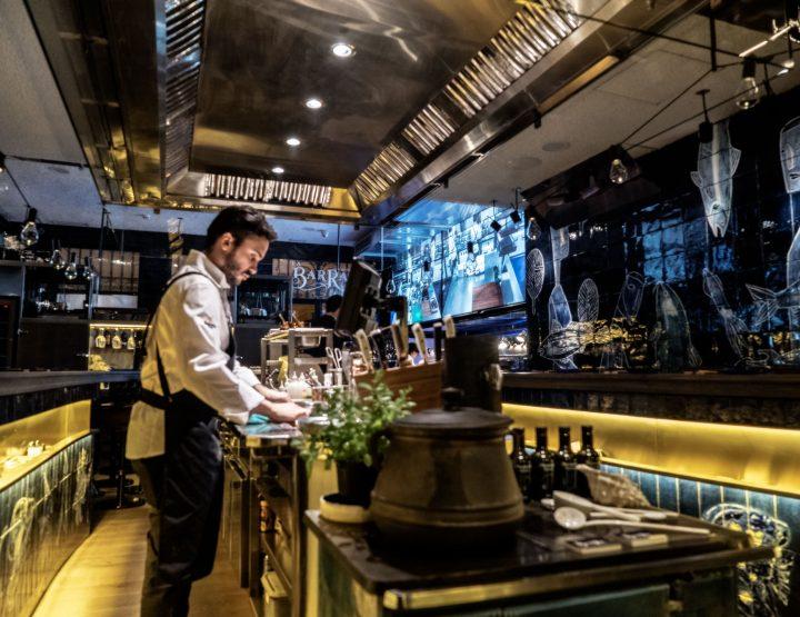 La Barra Carles Abellan new happening seafood tapas bar in Barcelona